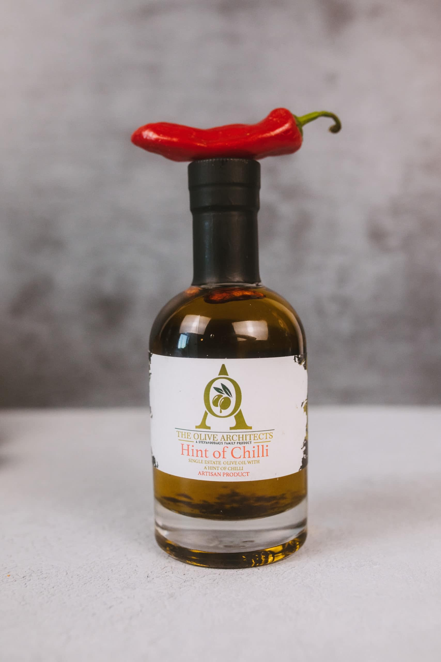 Hint of chilli extra virgin olive oil